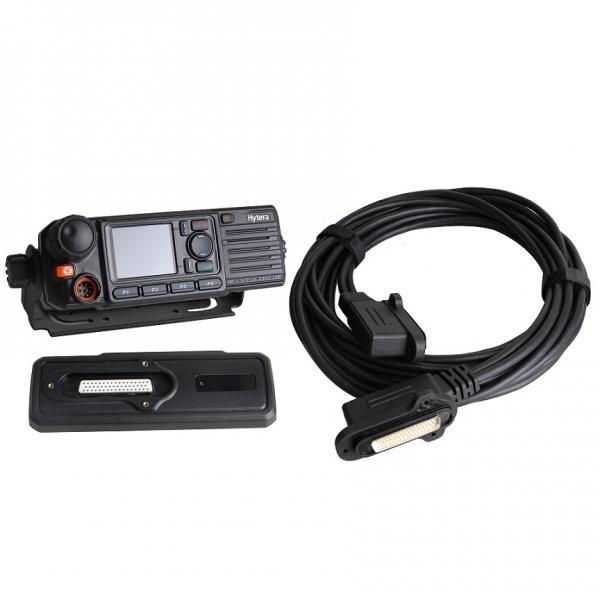 Souprava pro dělenou montáž RCC04 pro vozidlové radiostanice Hytera MD785 s ovládacím panelem IP67 a kabelem s délkou 3m