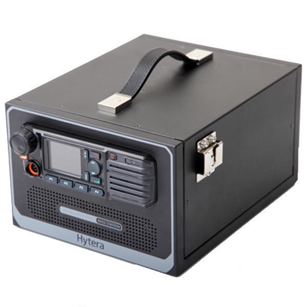 Stolní skříňka PS16001 s integrovaným napájecím zdrojem pro radiostanice Hytera MD785i
