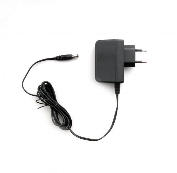 Napájecí adaptér PS2010   230V AC 2A pro rychlonabíjecí misky nabíječů Hytera CH20L04 a CH20L06.