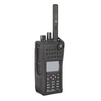 PMLN5844A nylonové pouzdro s opaskovým okem pro radiostanice Motorola DP4800e